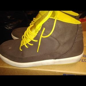 Nike brown and yellow